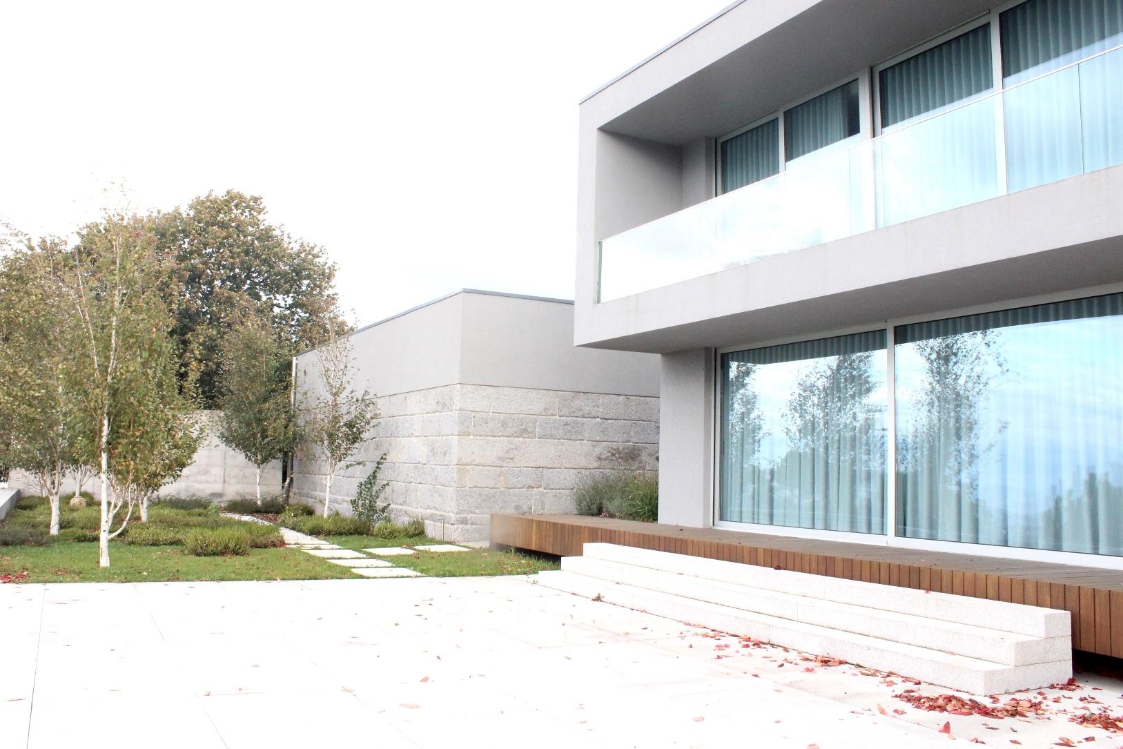 Jardim privado JS Private garden Sérgio Pinto Arquitetura Paisagista e Desenho Urbano Landscape Architecture & Urban Design